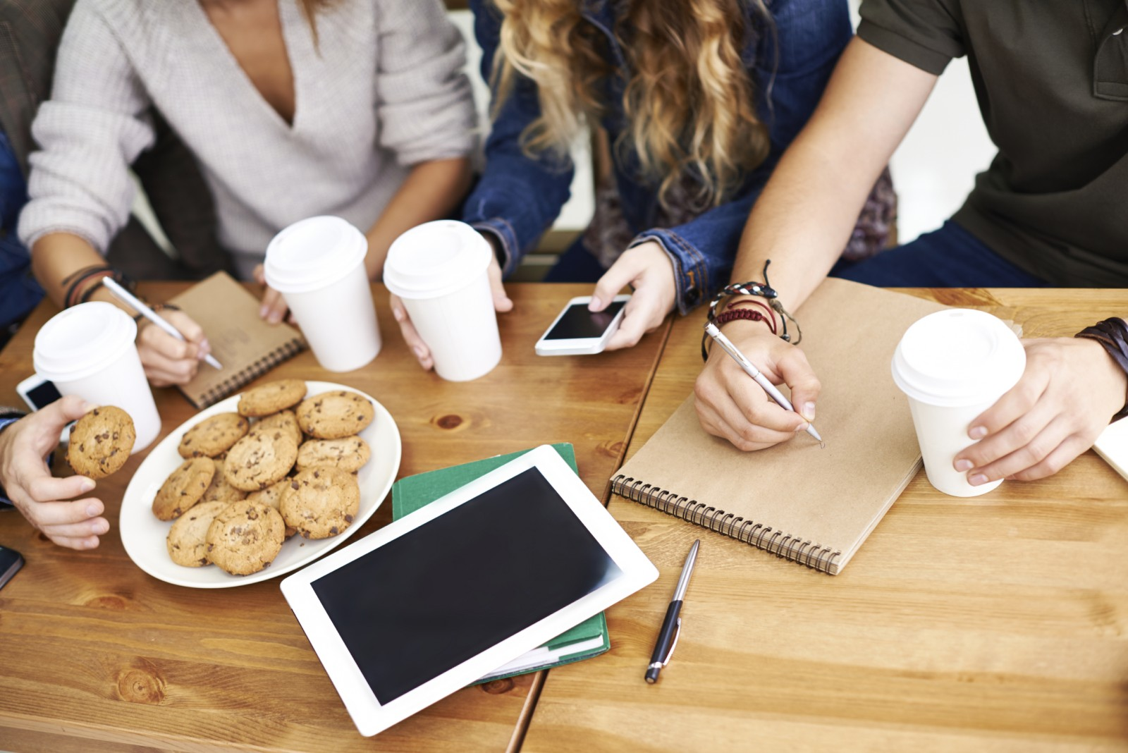 6 Reasons Cookie-Based Marketing Has Gone Stale