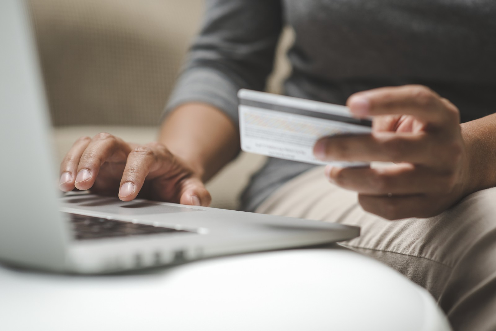 3 Secrets for Better Cross-Selling and Upselling Online